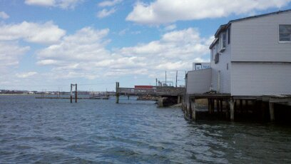 Revere ma for sale or rent marina or restaurant space on Rt 1a near logan