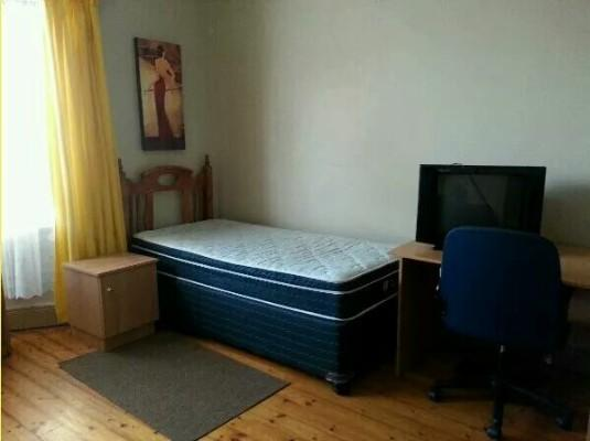 rooms for rent for students, near harvard, andrew sq. quincy center on red line